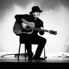 Pete Mcleod's rendition of The Remember Song was truly authentic, great fun!