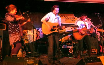 Loudhailer Electric Set Trio