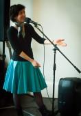 Edina Molnar, chanteuse