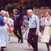 Garden dance