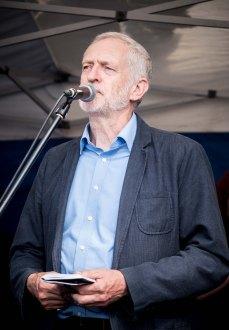 Photo by Dexter - Jeremy Corbyn - Queens Gardens Hull