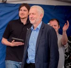 Jeremy Corbyn - Queens Gardens Hull