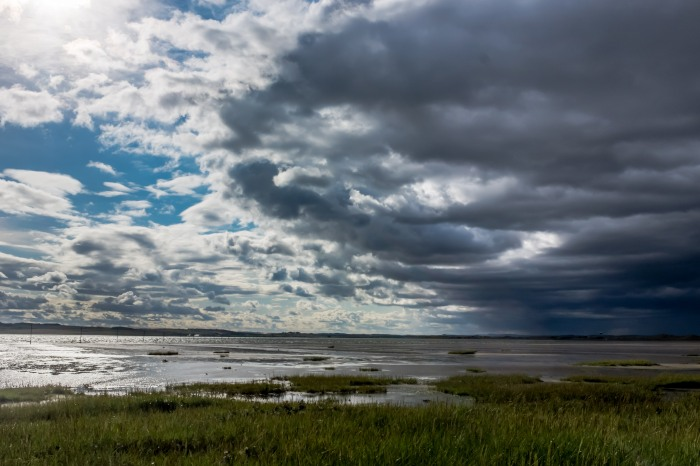 Low Newton 2018 153 view from Lindisfarne with UFO by Lou at 1-1100 of a second_